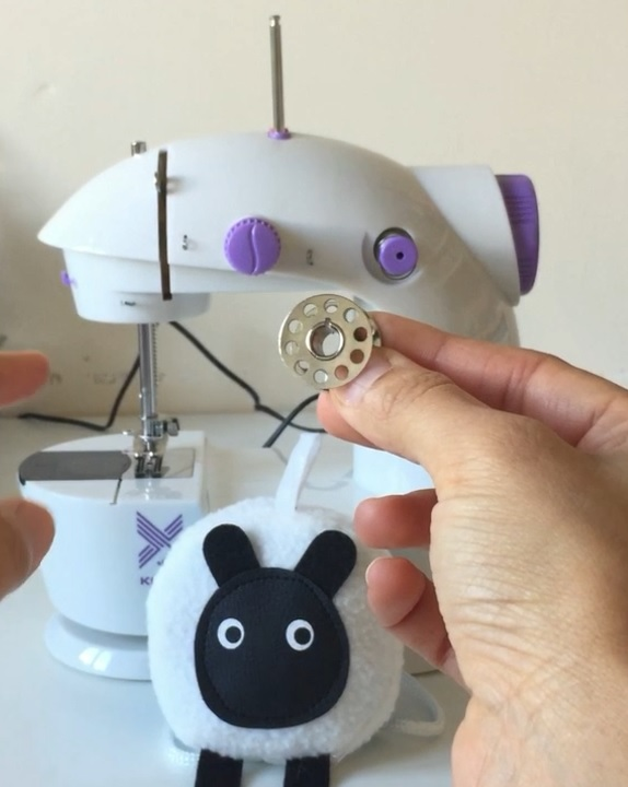 mini sewing machine bobbin